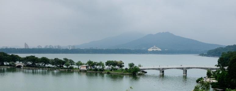 Xwanwu lake and Purple Mountain, ZXG wanted us to walk up both...