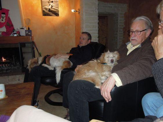 Snoozy doggies, Gari and Princess Coco Chanel de Provence